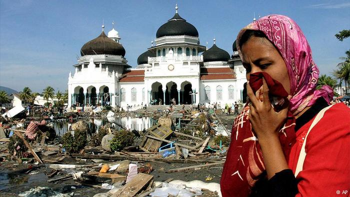 Mengambil Hikmah dari Gempa dan Tsunami Aceh