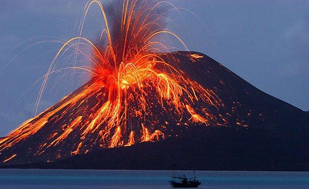 Apakah Gempa dan Gunung Api Saling Berhubungan?
